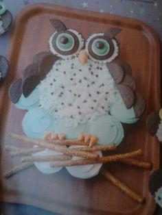 Owl pull-apart cupcakes