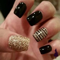 new years nails short ~ new years nails ; new years nails acrylic ; new years nails gel ; new years nails glitter ; new years nails dip powder ; new years nails design ; new years nails short ; new years nails coffin Fancy Nails, Trendy Nails, Cute Nails, Classy Nails, New Year's Nails, Cute Nail Designs, New Years Nail Designs, Pedicure Designs, Awesome Designs