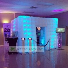 The Inflatable LED Photo Booth brings fun to any party. Wow your guest with that extra touch at an affordable price. LED lights are built into the inflatable photo booth to suit its surroundings. Idea