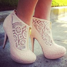 Fashion lace high #heel shoes