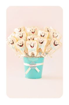 Mutlu Kekler: Şeker Hamuru Kurabiye Tarifi ( Yayılmayan )