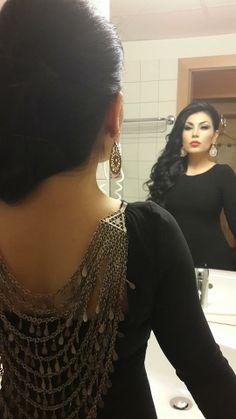 Aryana Sayeed Afghan singer Girl last afghan dress Really pretty makeup