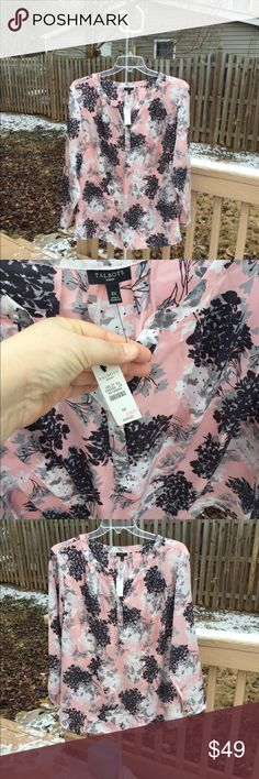 "NWT Talbots Beautiful Pink White Gray Floral Tunic NWT (New with Tags) Talbots Beautiful Pink, White, Black & Gray tunic/blouse, 3X. Just put on a pair of pants and you are out the door. Bust 54"", length 29"". Originally $99. Enjoy! Talbots Tops Tunics"
