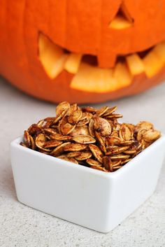 Cinnamon-Sugar Roasted Pumpkin Seeds | #glutenfree #grainfree