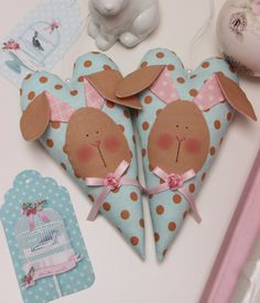 I like these Hearts very much - simple to make and you have Easter decoration for you or your friends. And there are so many Tilda fabri...