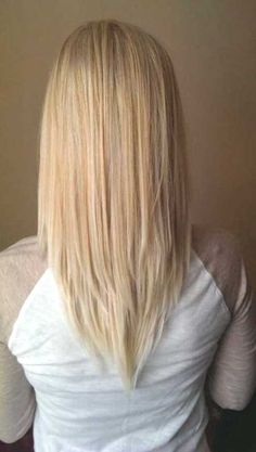 v cut hairstyle for medium hair - http://www.gohairstyles.net/v-cut-hairstyle-for-medium-hair-5/