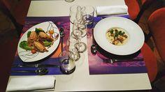 """Dans le menu du jour de cette semaine à #lacloseriedijon. À gauche, rillettes de saumon à l'aneth et bouquet croquant. À droite, risotto """"Carnaroli"""" aux moules de Bouchot cuites façon marinière. #maisonplb #restaurant #dijon #food"""