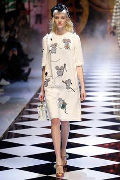 Dolce & Gabbana | Ready-to-Wear - Autumn 2016 | Look 3