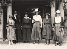Women's Suffrage Group 1918