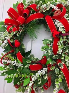 Beautiful winter cardinal wreath was created by Nick Kreticos of Nick's Seasonal Decor. This stunning wreath works from November throughout the winter Christmas Trends, Christmas Diy, Christmas Wreaths, Christmas Decorations, Advent Wreaths, Christmas Tables, Winter Wreaths, Nordic Christmas, Christmas Inspiration