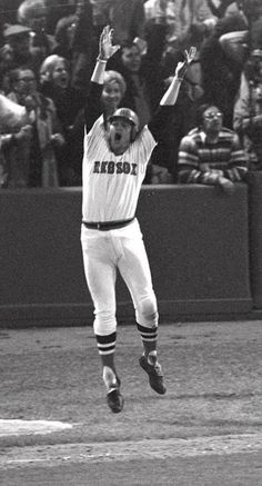 Boston's Carlton Fisk jumps as he sees his home run hit the left field foul pole to win the sixth game of the World Series against Cincinnati in (AP Photo/Harry Cabluck) Red Sox Baseball, Baseball Players, Baseball Wall, Baseball Socks, Baseball Stuff, Chicago White Sox, Boston Red Sox, Red Sox Nation, Baseball Pictures
