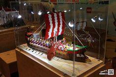 ROMAN DISPLAY (PHASE I) | Flickr - Photo Sharing! Lego Roman, Lego Moc, Lego Lego, Cool Lego, Awesome Lego, Brick Art, Lego Boards, Amazing Lego Creations, Lego Ship