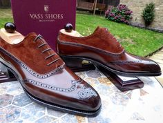 Here's a collection of some popular MTO shoes we have made for esteem clients around the world..... Never miss a pair of Vass using tags: #VassShoes #AscotShoes #LaszloVass #VassCharm #VassLondon Each pair of Vass shoes are uniquely made to order taking 7 weeks. We have over 500 pairs in stock at any one time. ------------------------------------------- Email: Ascotshoes@outlook.com Whatsapp: +447495411782 Vass prices from $695 USD for MTO'S…