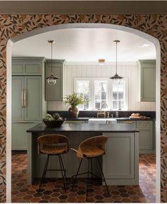 Cottage Tudor, Style Cottage, English Cottage Style, English Cottages, Tudor House, French Country, English Cottage Kitchens, Country Cottages, Country Houses