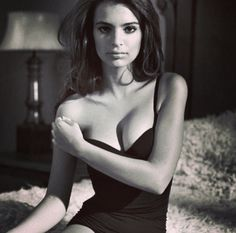 Emily Ratajkowski :: Courtesy of Ford Models Emily Ratajkowski, Blurred Lines Video, Beautiful People, Beautiful Women, Beautiful Things, Body Inspiration, Thinspiration, Malta, Wedding Photography