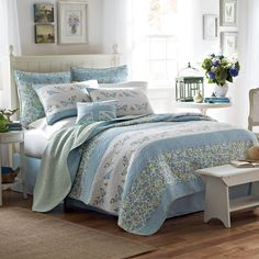 <3 Laura Ashley® Birds and Branches Quilt - BedBathandBeyond.com
