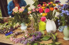 Angelica Blick Angelica Blick, Flora, Table Decorations, Party, Inspiration, Home Decor, Biblical Inspiration, Decoration Home, Room Decor