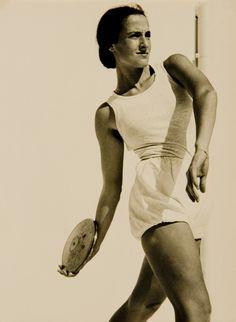 Discus Thrower, Female Athletes, Israel, Avril, Jerusalem, Photographers, Photos, Strength, Museum