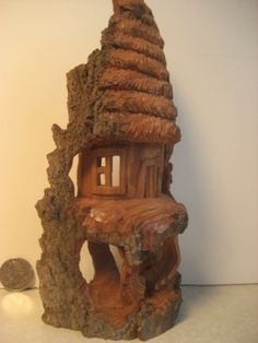 Bark house with straw roof - 1