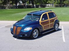 Blue woody - love where the 'wood' is - maybe paint two-tone like this? Chrysler Pt Cruiser, Pt Cruiser Accessories, Chevy Hhr, Cruiser Car, Woody Wagon, Nhra Drag Racing, American Legend, Cars And Motorcycles, Vintage Cars