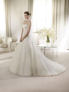 San Patrick ARIES from BridalGown.NET $1,651