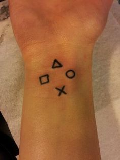 playstation tattoo - Cerca con Google