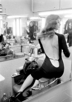 Ciao Bellissima - Vintage Glam;  Vikki Dougan, photo by Ralph Crane