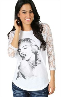 Deb Shops Three Quarter Lace Sleeve Raglan Tee with Marilyn Monroe Screen $13.23
