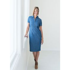 Tara Lynn's Boutique Chambray Denim Dress ($59) ❤ liked on Polyvore featuring dresses, blue, button front denim dress, denim dresses, blue chambray dress, denim chambray dress and blue denim dress