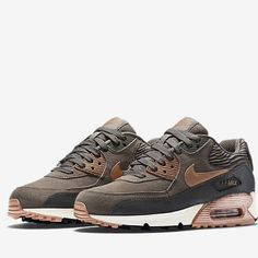 Nike air max 90 LTHR shoes Selling these beautiful nikes!!!! These nikes are brand new still in the box never been worn. Any questions pls ask  Nike Shoes Athletic Shoes