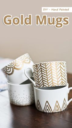 DIY Sharpie Mug Projects – Easy, Frugal & Fun! DIY gold sharpie mugs …DIY gold sharpie mugs … Gold Sharpie, Sharpie Crafts, Diy Sharpie Mug, Diy Crafts, Sharpies, Sharpie Paint, Mug Decorating Sharpie, Sharpie Plates, Sharpie Markers