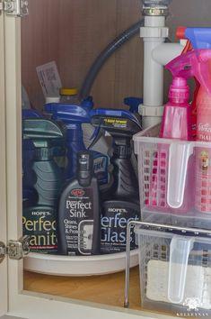 Trendy bath room organization ideas under sink cleaning supplies Ideas Under Kitchen Sink Organization, Bathroom Vanity Organization, Under Kitchen Sinks, Corner Sink Kitchen, Kitchen Sink Faucets, Organization Ideas, Bathroom Storage, Storage Ideas, Kitchen Storage