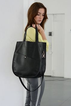 SALE Oval Black Leather Tote Leather Bag Oversized by morelebags, zł660.00