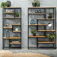Bookcase Kyan - large and small - Bookshelf Decor - Smokey Eye Make Up - Golden Necklace - DIY Hairstyles Long - DIY Interior Design Home Bar Furniture, Steel Furniture, Furniture Design, Furniture Stores, Industrial Furniture, Rustic Furniture, Furniture Ideas, Furniture Knobs, Mirrored Furniture