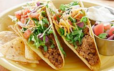 Turkey mince is a fantastic, low fat and tasty alternative to beef mince. We've picked out 22 of our favourite healthy turkey mince recipes for you to try. Healthy Turkey Mince Recipes, Healthy Recipes For Diabetics, Healthy Foods, Homemade Tacos, Homemade Taco Seasoning, Tortillas, Tacos Mexicanos, Turkey Tacos, Vegan Tacos