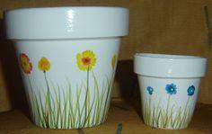 Ideas y soluciones: Macetas Pintadas a Mano Clay Pot Projects, Clay Pot Crafts, Crafts To Make, Painted Clay Pots, Painted Flower Pots, Clay Pot People, Flower Pot Design, Flower Pot Crafts, Terracota