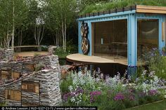 A real pleasure to be involved, and see John and his brother (the Grass Roof Company), bring the container to life for the Chelsea Flower Show