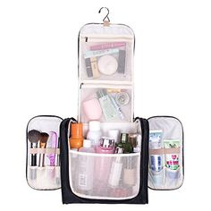 1d31b3c27e5 The 8 Best Toiletry Travel Bags of 2019