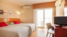 Hotel RH Sol - Habitación doble Travel, Furniture, Home Decor, Sun, Double Bedroom, Restaurants, Viajes, Decoration Home, Room Decor