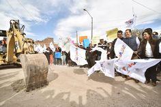 En gira de trabajo el gobernador de Guanajuato, Miguel Márquez, dio el banderazo inicial para la construcción del puente que conecta la cabecera municipal con la comunidad de Mancera; además ...