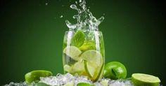 Benefits of lemon water. Uses of lemon water. Advantages of lemon water. Properties of lemon water. Qualities of lemon water. Lemon water for good health. Mint Detox Water, Cucumber Detox Water, Warm Lemon Water, Drinking Lemon Water, Te Rojo Pu Erh, Lemon Water Benefits, Troubles Digestifs, Water In The Morning, Mojito Cocktail