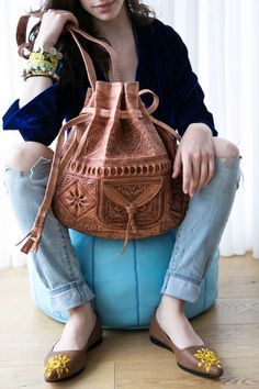 Your place to buy and sell all things handmade Sheep Leather, Leather Bags Handmade, Hand Stitching, Bucket Bag, How To Make, How To Wear, Artisan, Buy And Sell, Morocco