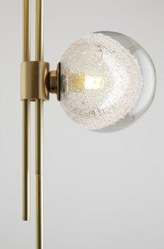 The Minimalist Trilogy Pendant by Articolo - Design Milk Rustic Lamps, Antique Lamps, Lamp Design, E Design, Design Table, Interior Lighting, Lighting Design, Pendant Lamp, Pendant Lighting