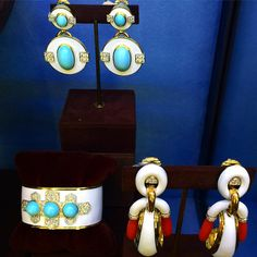 summer ready with white enamel turquoise & coral @davidwebbjewels