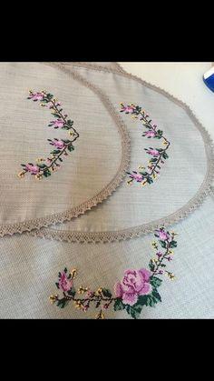 Cross Stitch Bird, Cross Stitch Designs, Cross Stitching, Embroidery Flowers Pattern, Flower Patterns, Embroidery Fashion, Handicraft, Needlework, Shabby Chic