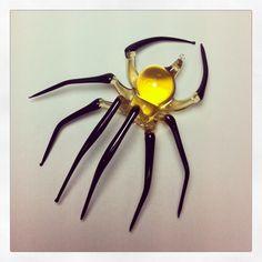 Medium yellow and black glass spider by WGK Glass Art. #spiders #glassart DVVS Fine Jewelry