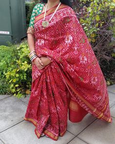 Exclusive patola saree INR ₹18800/- World wide shipping free For buy whatsapp us 09510111976