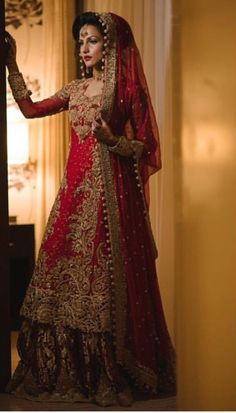Indian Wedding Gowns, Asian Wedding Dress, Pakistani Wedding Dresses, Saree Wedding, Indian Bridal, Indian Dresses, Desi Wedding, Punjabi Wedding, Bridal Lehenga
