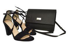 Czarne zamszowe sandały ze skóry Roseti w zestawie z torebką. Czarna kopertówka Fashion, Moda, Fashion Styles, Fasion