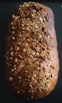 Wheat Bread Recipe, Bread Recipes, Whole Wheat Bread, Piece Of Bread, Bread Baking, Raisin, Banana Bread, Muesli, Granen
